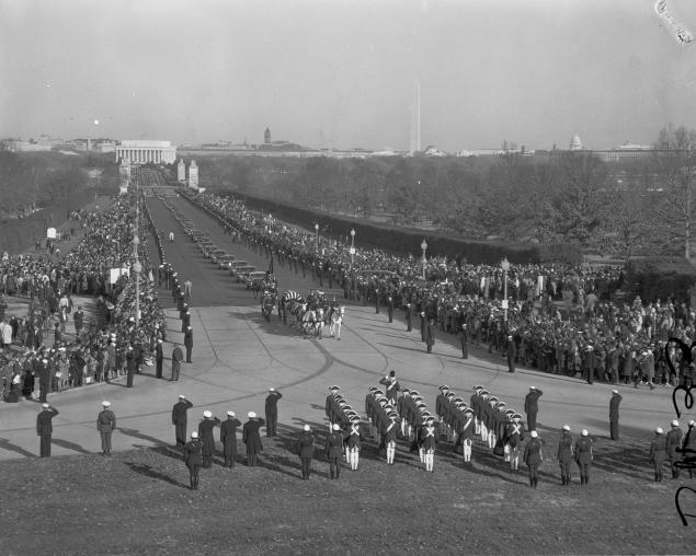 kennedy funeral cortege at arlington