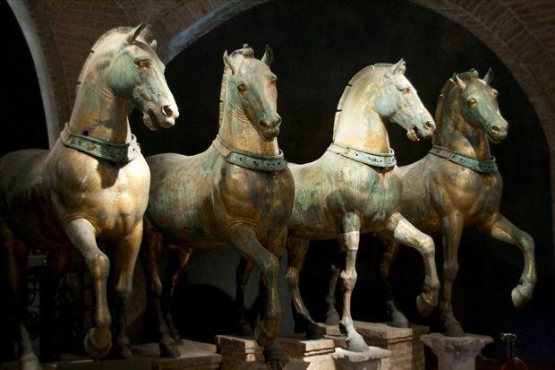 HorsesSanMarcoInteriorBaja